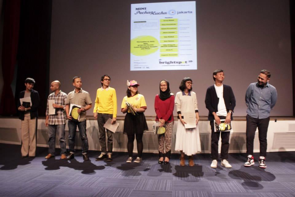 Dari kiri ke kanan: Auguste Soesastro, Irvan Helmi, Sakti Parantean, Edo Wallad, Ines Tjokro, Miranti, Nike, Direz Zender, Nino Priambodo.