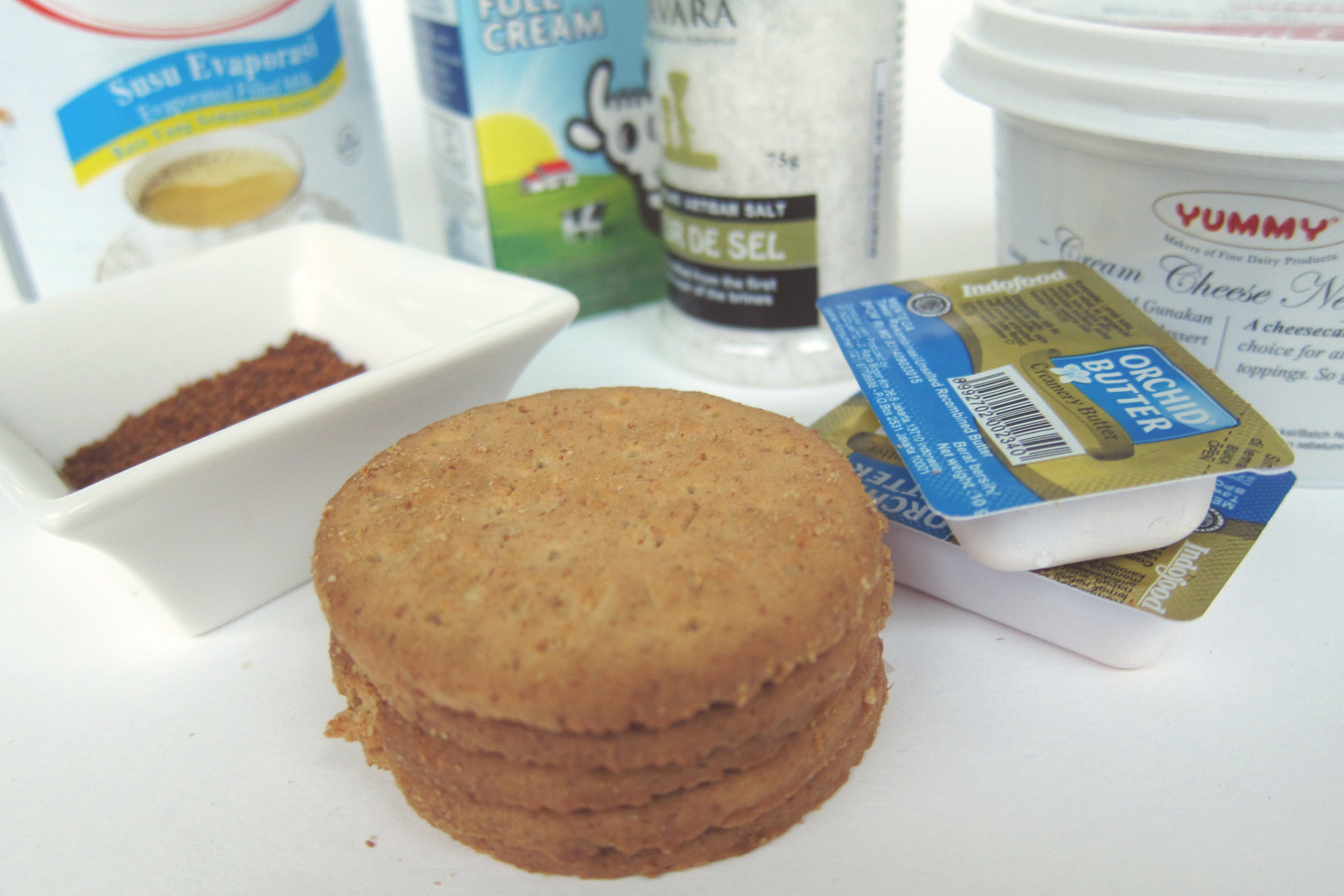 no-bake-salted-caramel-cheesecake-11